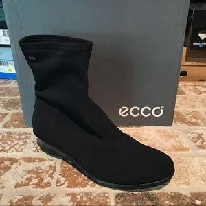 Ecco NWT Size 7 - 7.5
